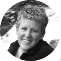 Lisa DeKryger, pastor